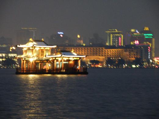 精品私家团丨上海+无锡+苏州+杭州+乌镇6日丨东方明珠旋转餐厅+奢豪体验